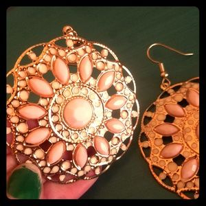 Jewelry - Pink & Gold Statement Earrings